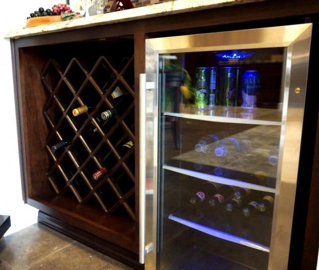 Charmant Beverage Cabinet